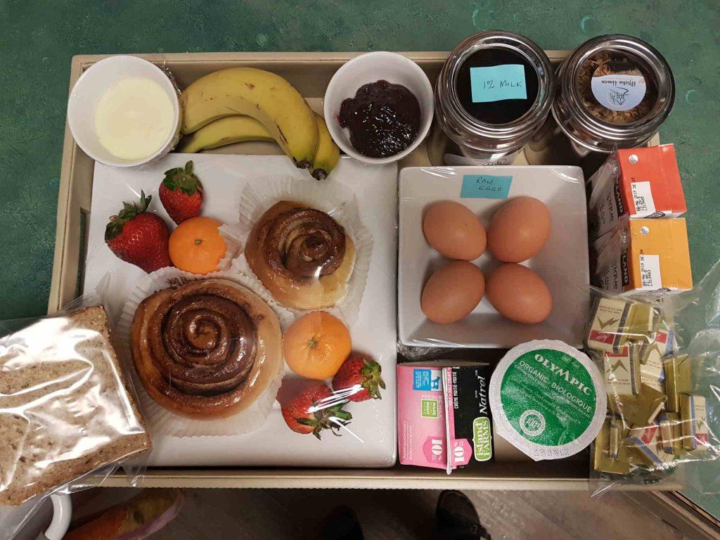 m - Resize - Breakfast tray sample
